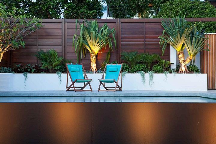 Birchgrove Poolside Deck-chairs